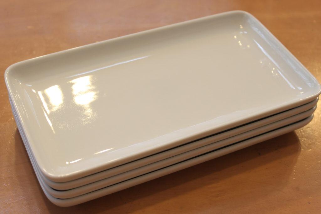家にはこのお皿があります↓